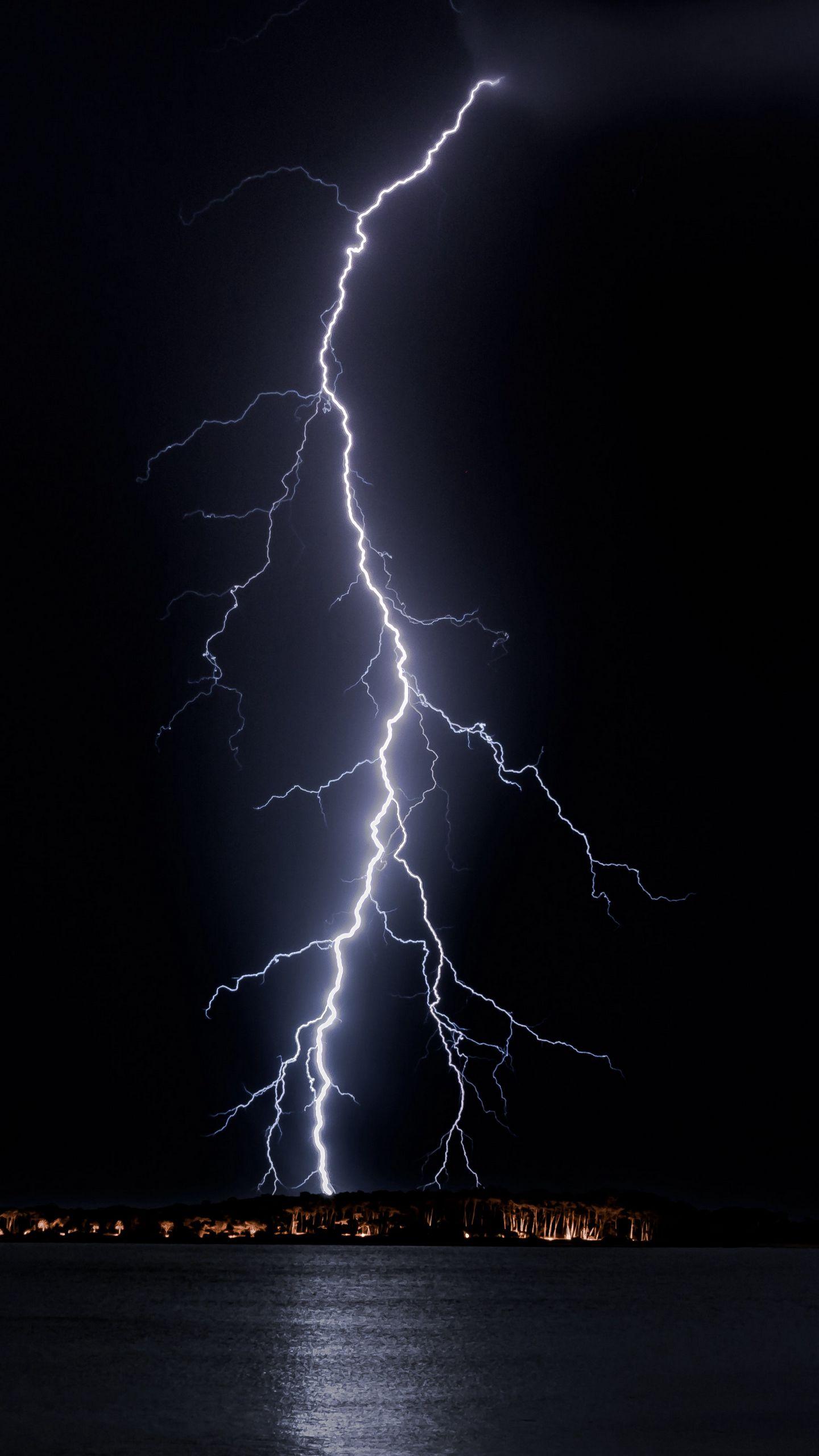 Wallpaper Lightning Night Horizon Sea Light Lightning Iphone Background Hd 2997658 Hd Wallpaper Backgrounds Download