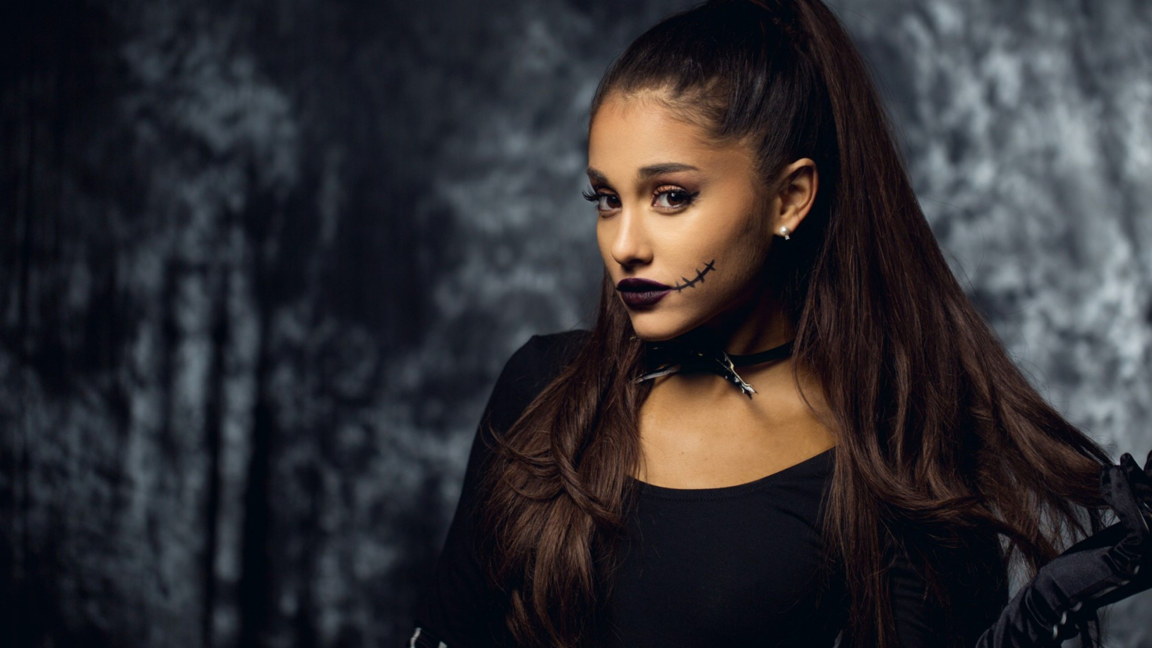 Ariana Grande 2018 Wallpapers For Mobile Hd - Ariana Grande , HD Wallpaper & Backgrounds