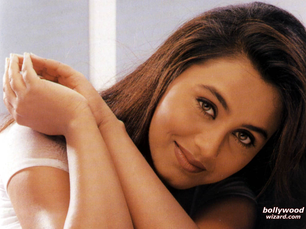 Rani Mukherjee - Mukherjee In Mujhse Dosti Karoge , HD Wallpaper & Backgrounds
