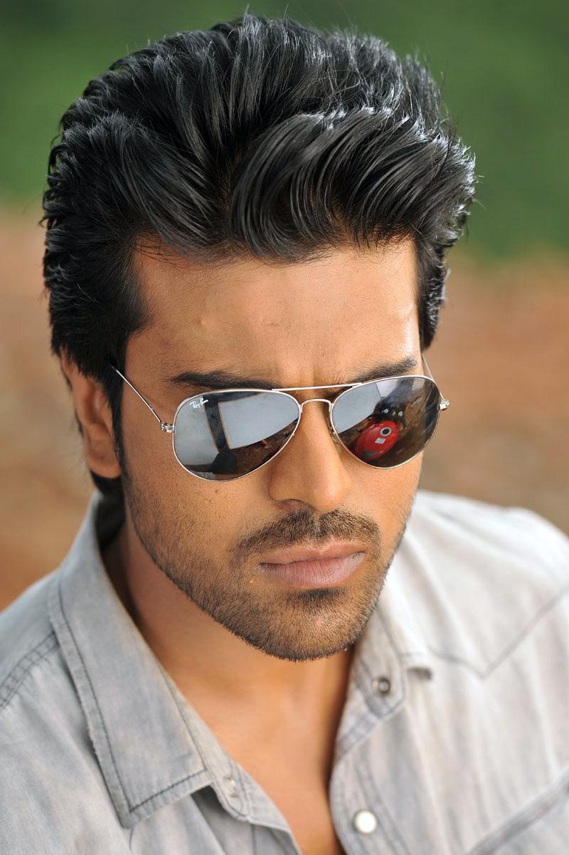 Ramcharan Teja Photos In Aviator Sunglasses - Ram Charan Photos Download , HD Wallpaper & Backgrounds