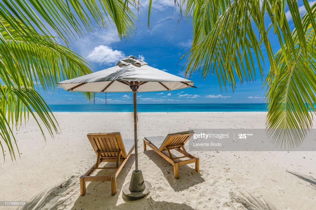 Tranquil Beach Scene - Beach , HD Wallpaper & Backgrounds