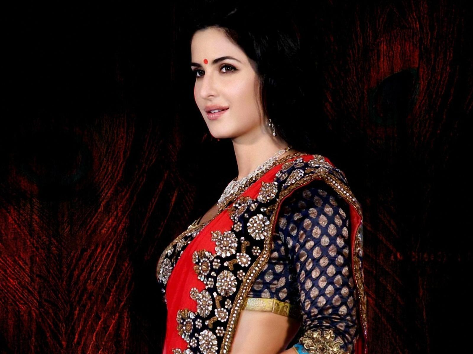 Bollywood Actress In Saree Hd Wallpapers - Katrina Kaif Hd 4k , HD Wallpaper & Backgrounds