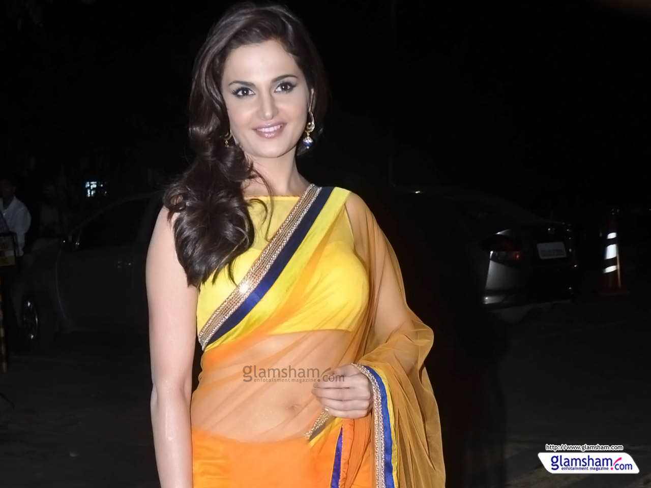 Bollywood Actress In Saree Hd Wallpapers - Latest Plain Saree Collection , HD Wallpaper & Backgrounds