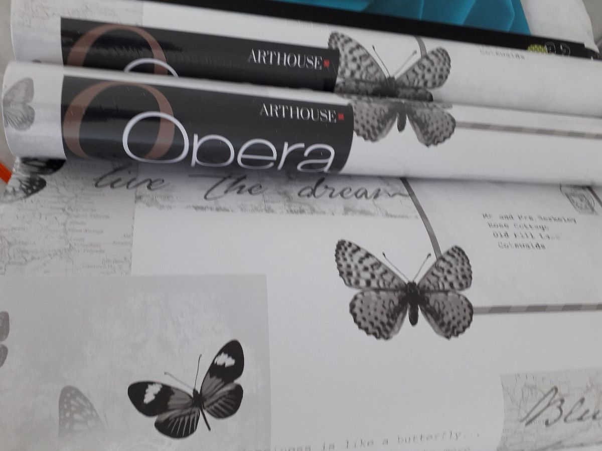 3 Rolls Of Butterfly Wall Paper £15 No Offers Thankyou - Brush-footed Butterfly , HD Wallpaper & Backgrounds