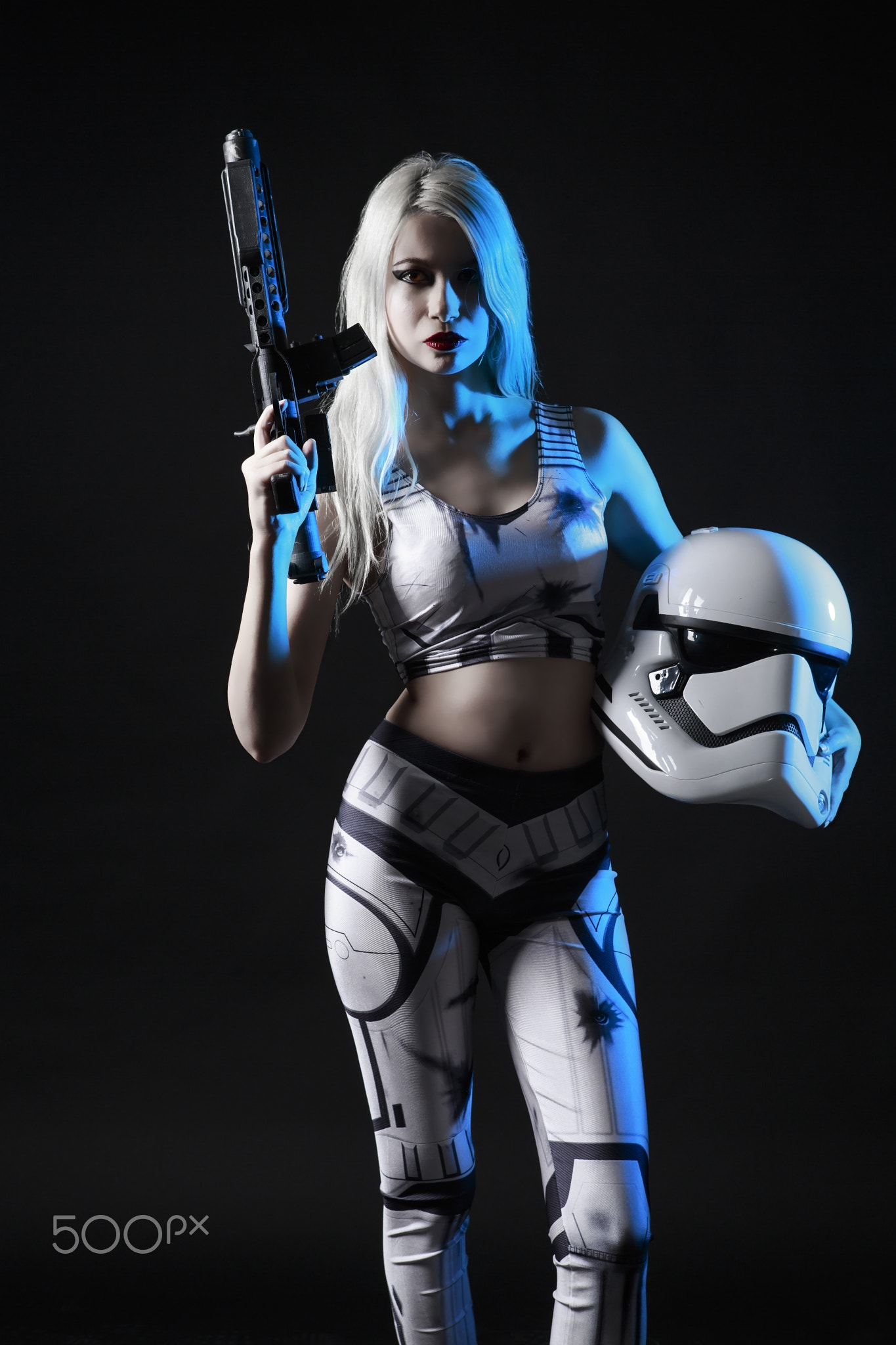 Helmet Women Star Wars Ilker Ureten Stormtrooper Star Wars Cosplay With Dark Background 3150606 Hd Wallpaper Backgrounds Download