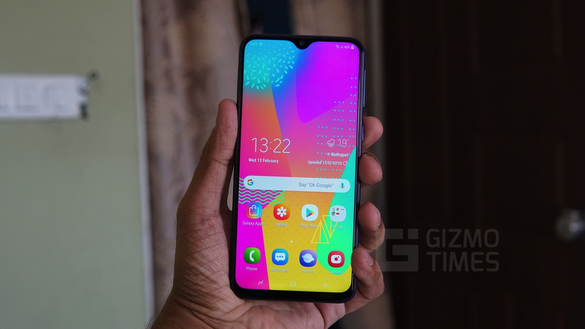 Samsung Galaxy M20 Review Decent Performance And Battery Samsung M20 Camera Review 320853 Hd Wallpaper Backgrounds Download
