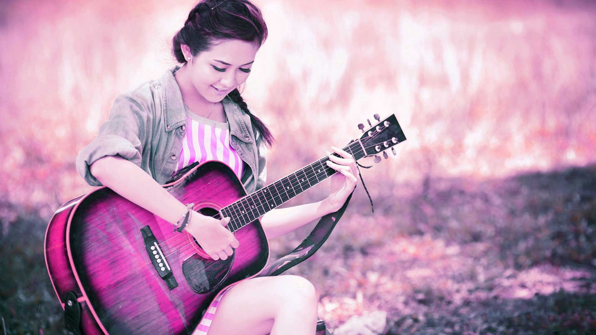 Profile Picture Quotes About Me - Beautiful Girl With Guitar Hd , HD Wallpaper & Backgrounds
