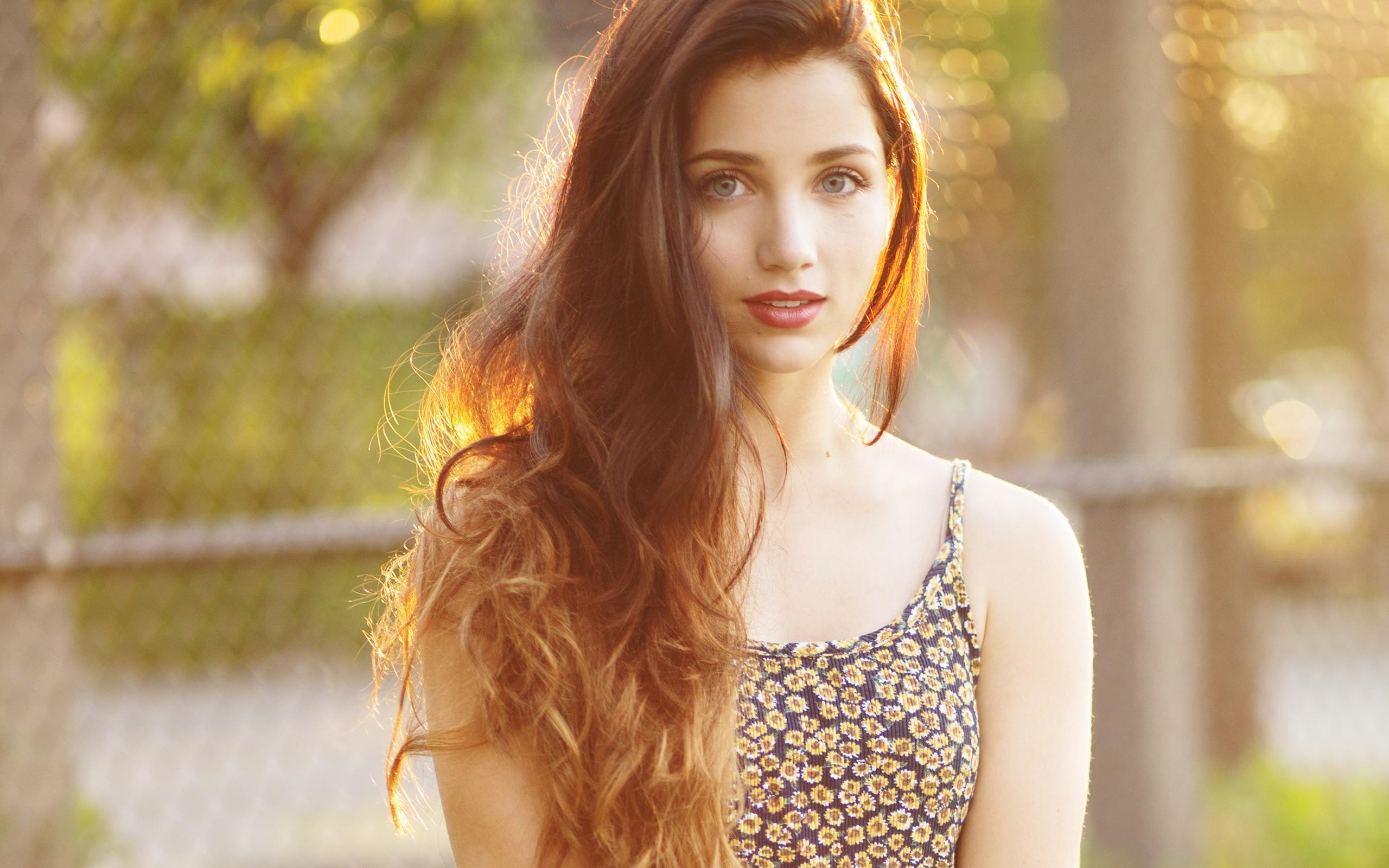 Beautiful Girl Wallpaper - Emily Rudd , HD Wallpaper & Backgrounds