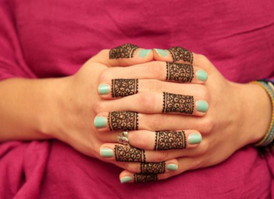 Mehndi Design Wallpapers - Hand Simple Mehandi Designs , HD Wallpaper & Backgrounds