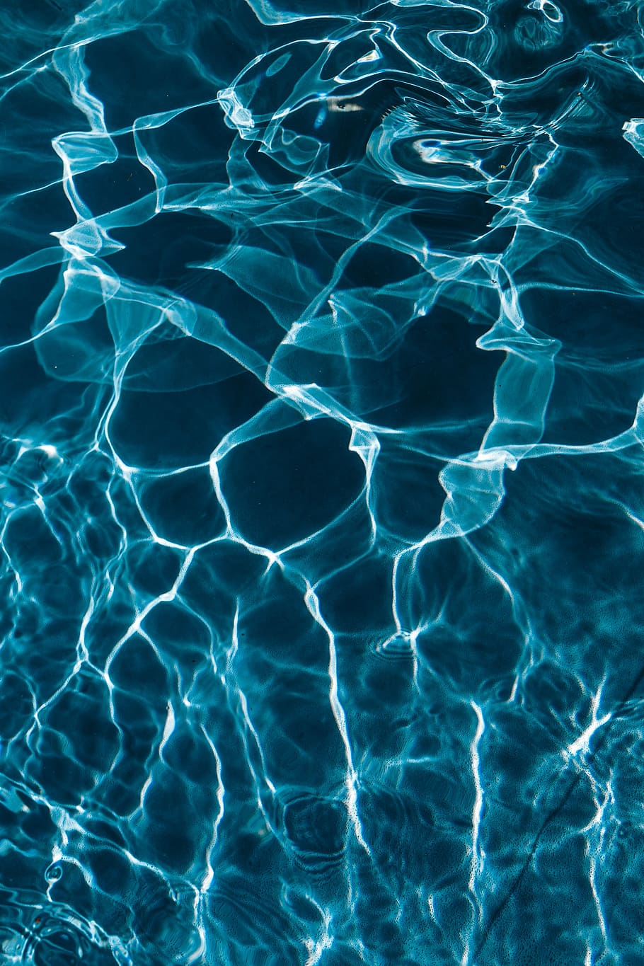 Wavy Water Surface In A Swimming Pool, Wave, Abstract, - Swimming Pool Water , HD Wallpaper & Backgrounds
