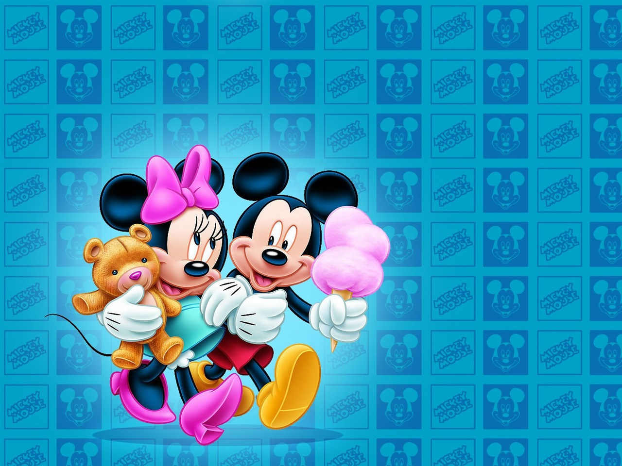 Mickey Mouse Wallpaper Download - Cute Mickey Wallpaper Of Mickey Mouse And Minnie Mouse , HD Wallpaper & Backgrounds