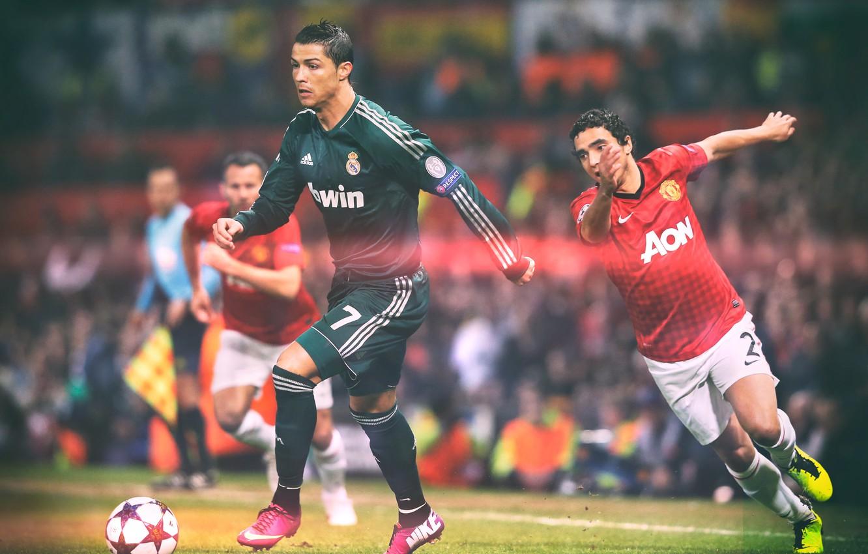 Photo Wallpaper Stadium, Real Madrid, Giggs, Ronaldo, - Real Madrid Vs Man Utd 2013 , HD Wallpaper & Backgrounds
