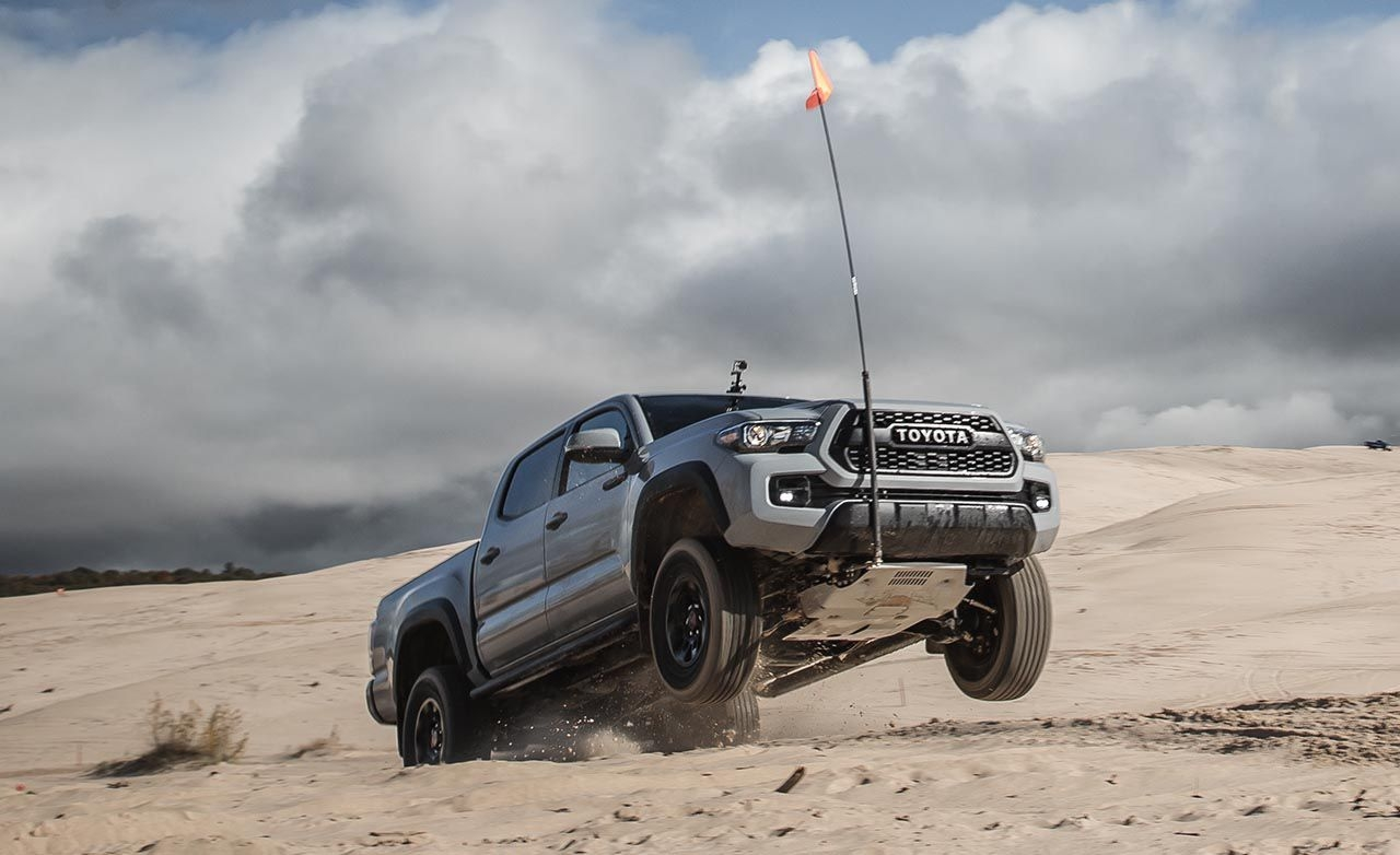 New 2019 Toyota Tacoma Exterior Wallpapers Toyota Tacoma 4x4 Off Road Trd Pro 3283741 Hd Wallpaper Backgrounds Download