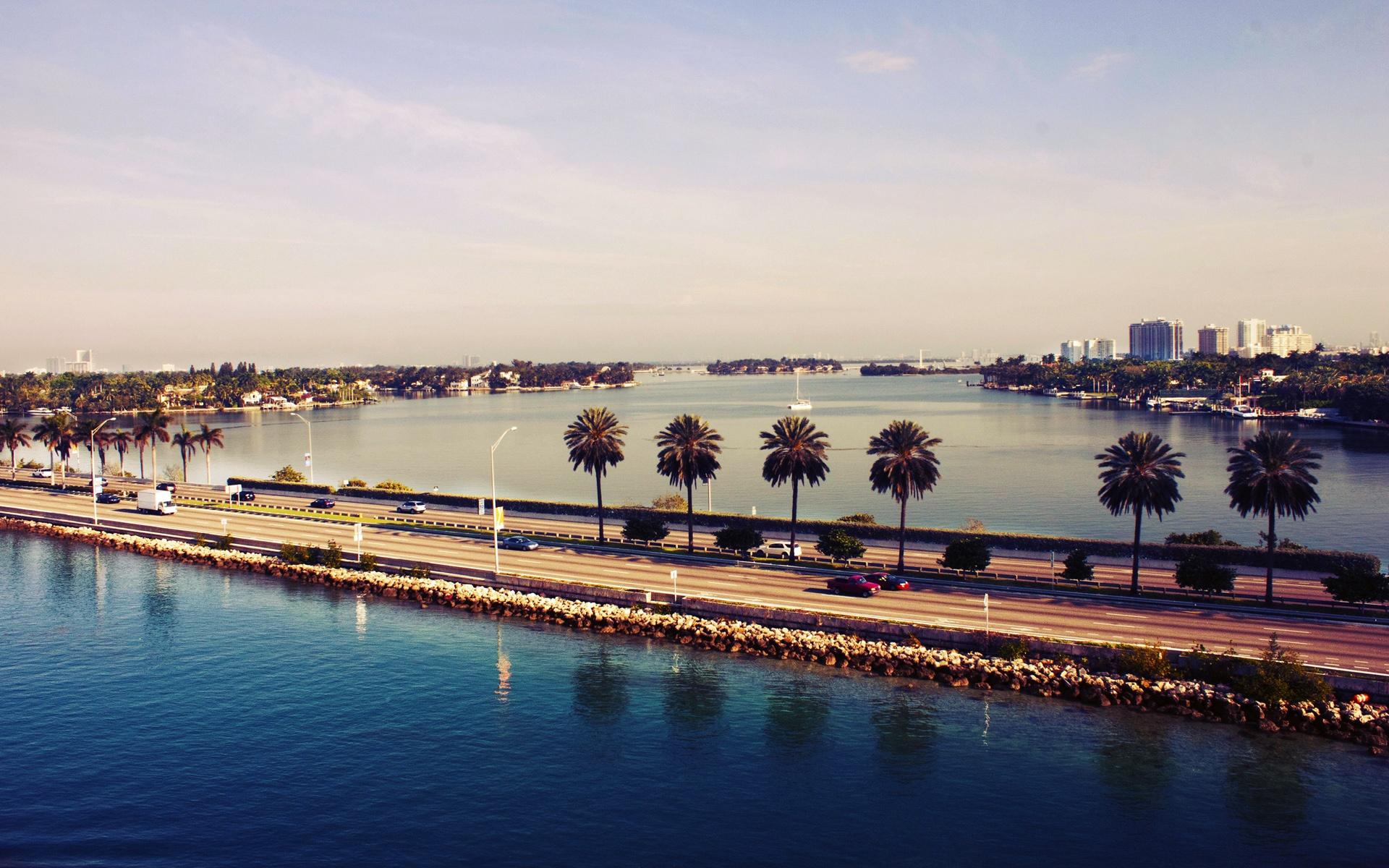 Wallpaper Miami, Florida, Usa, Sunset, Water, Road, - Gta Vice City Wallpaper 4k , HD Wallpaper & Backgrounds
