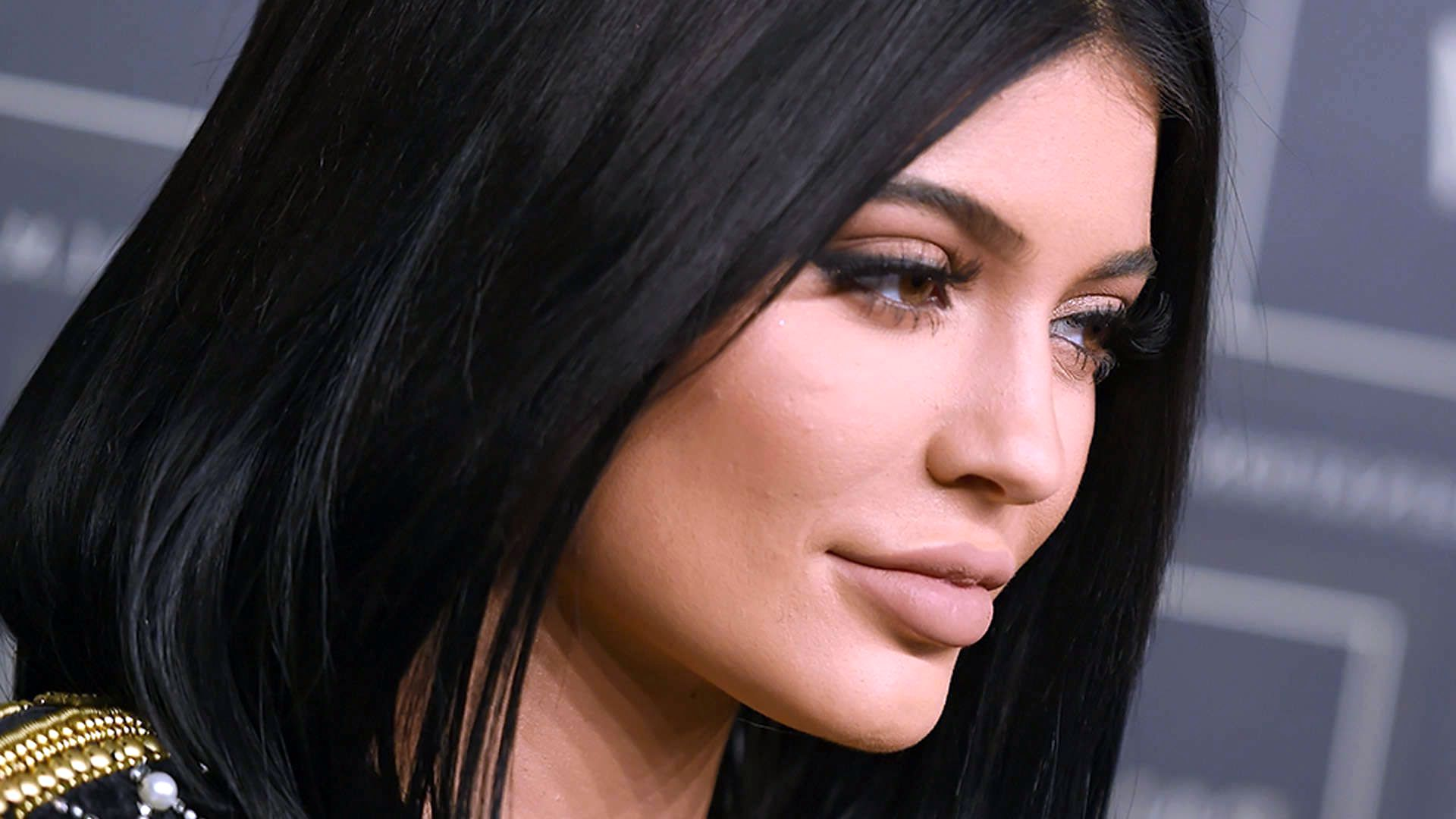 Kylie Jenner Hd Wallpaper Kylie Jenner Wallpapers 2016 349802