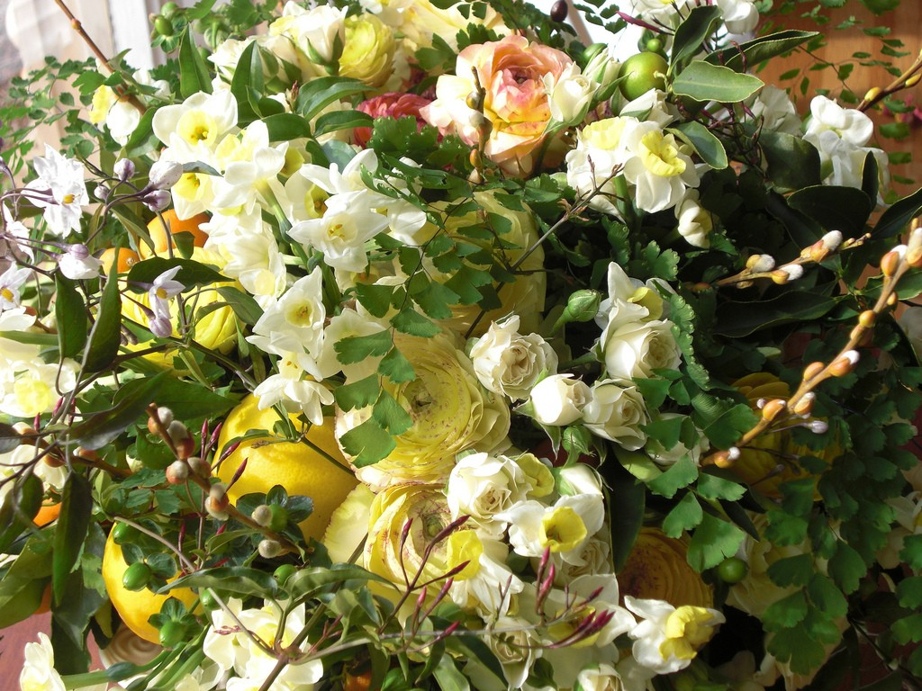 Still Spring Beautiful Flowers Bouquet Life 3d Flower - Evergreen Rose , HD Wallpaper & Backgrounds