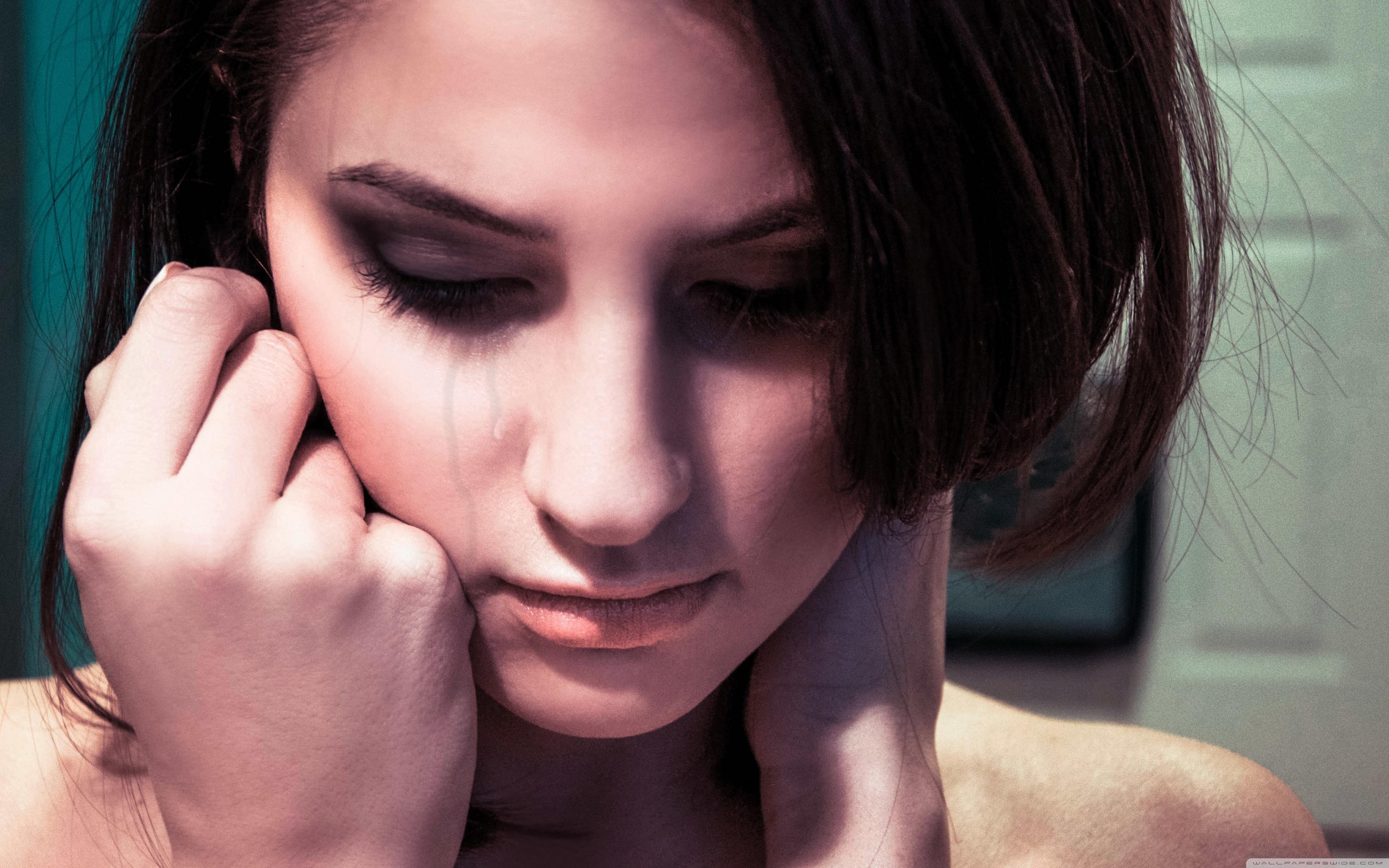 Sad Face Girl Crying ...