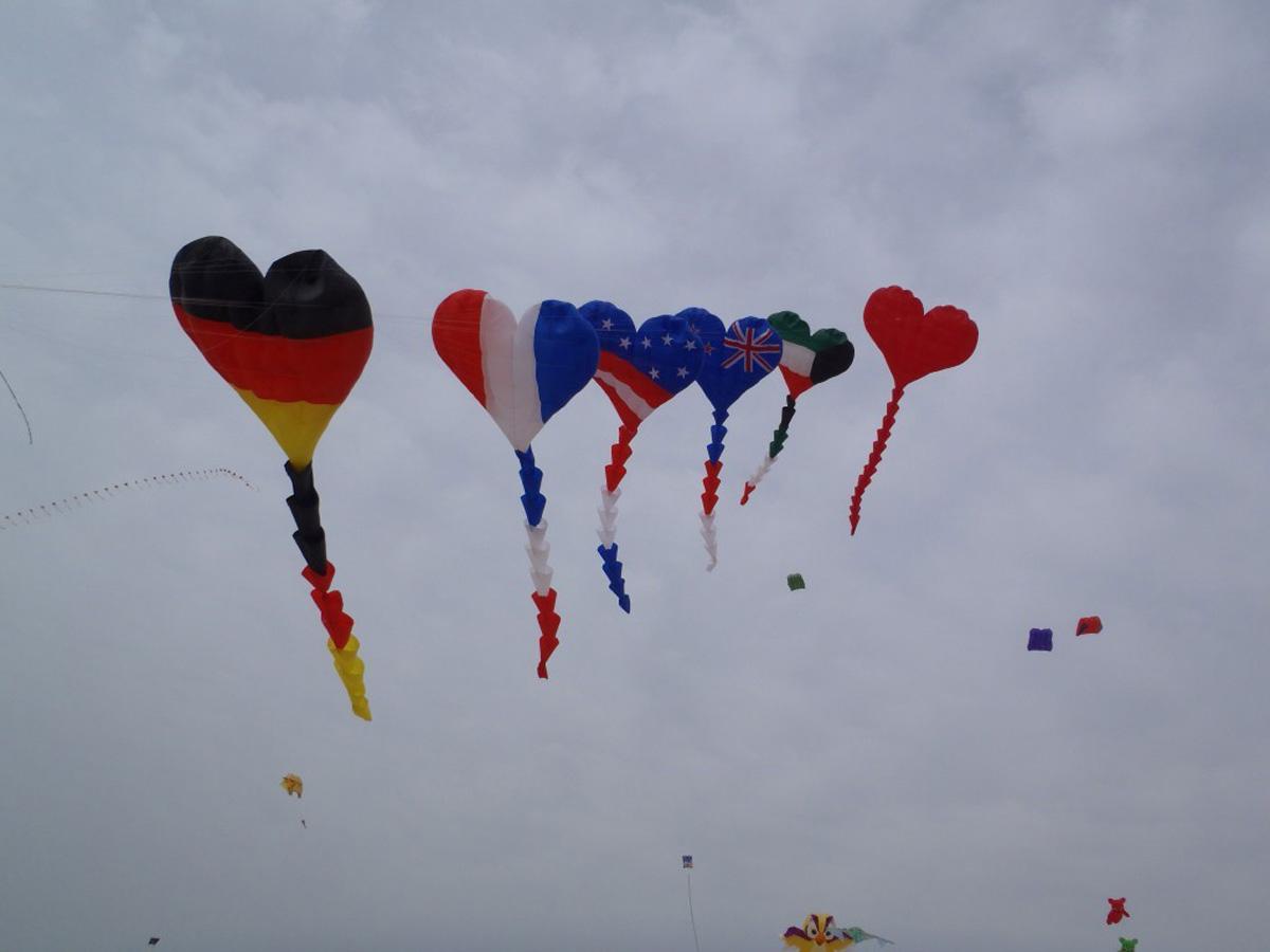 Best New Love Heart Kites On Makar Sankranti Wishes Love Images