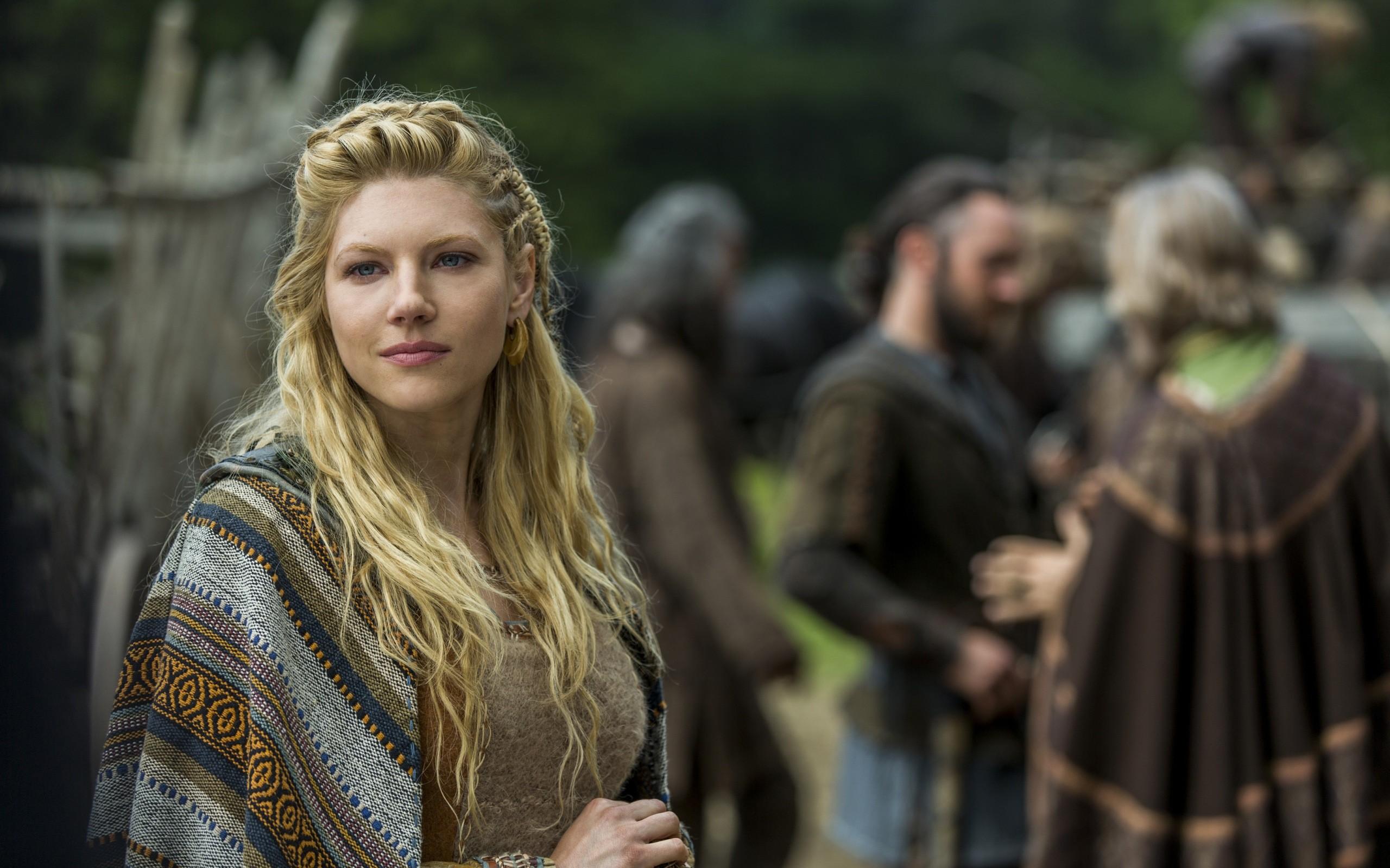 Vikings Ragnar Wallpaper Images Cast Of Vikings Nude