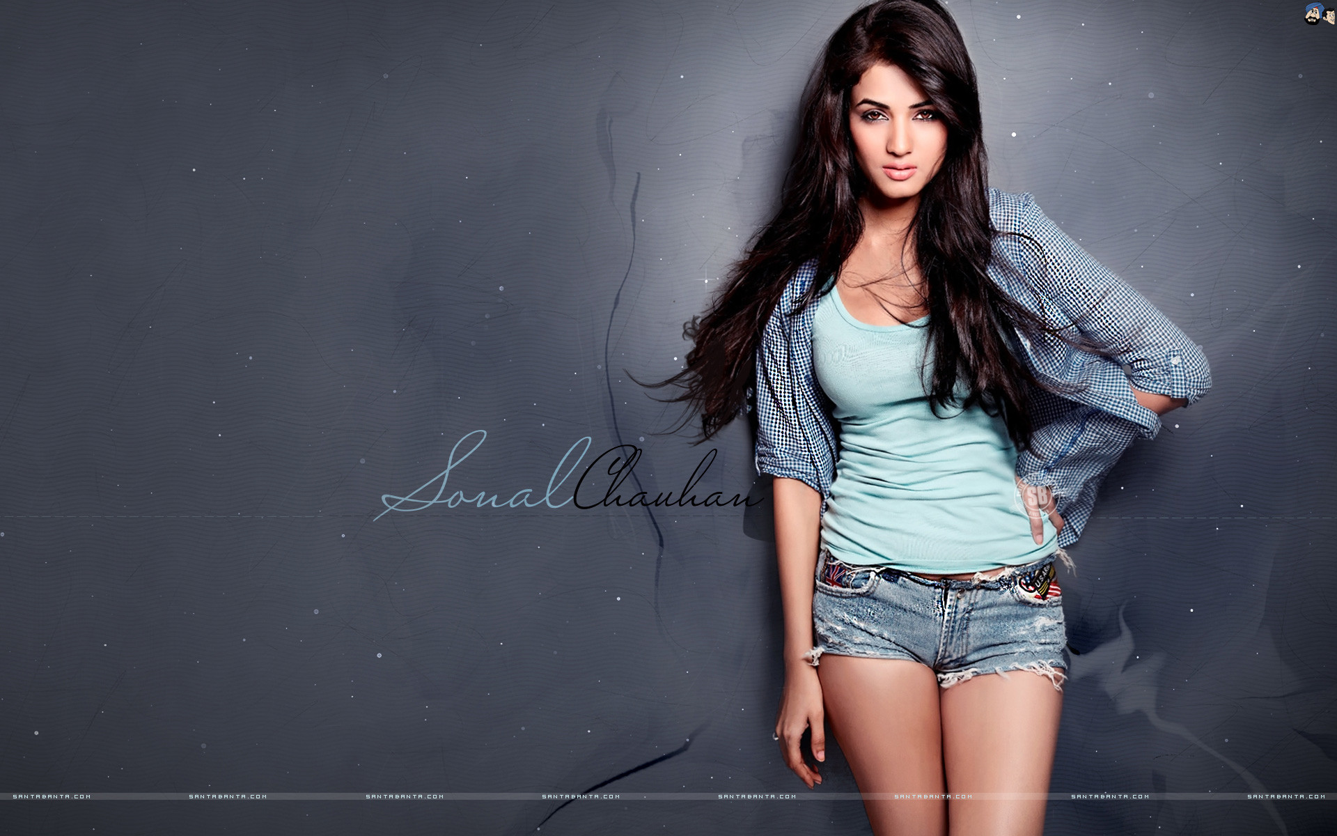 Dress Up Your Desktop With New Year 2017 Wallpapers - Hot Pics Of Sonal Chauhan , HD Wallpaper & Backgrounds