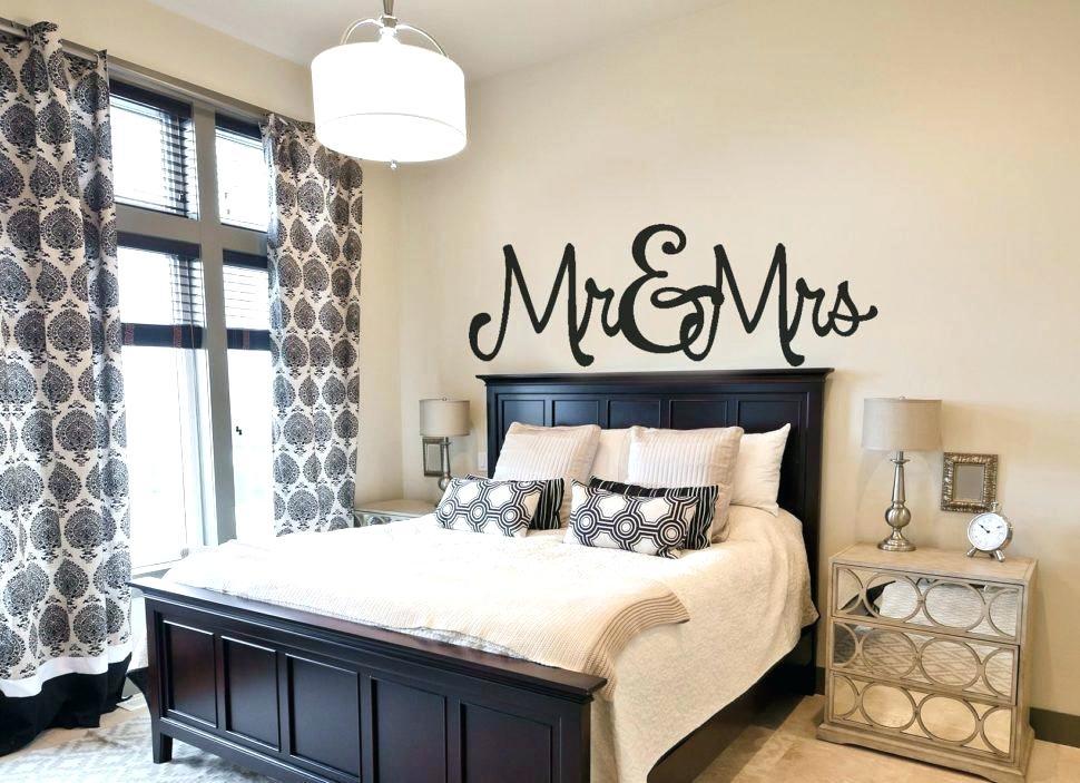 Bedroom Trends 2017 Master Bedroom Trends Medium Size - Bedroom Paint Colours 2019 , HD Wallpaper & Backgrounds