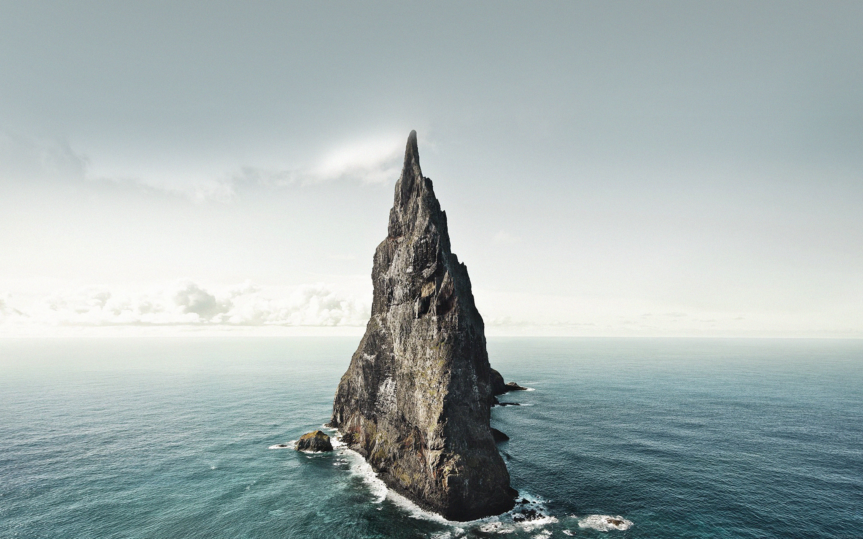 Big Rock In Sea , HD Wallpaper & Backgrounds