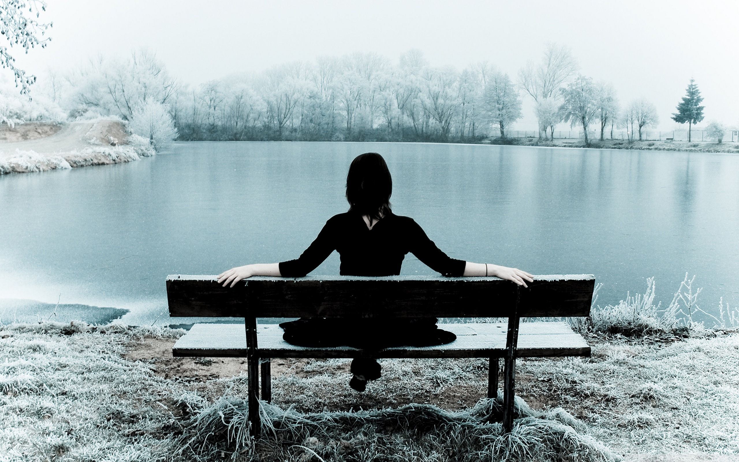 Related Wallpapers - Sad Girl Sitting On Bench , HD Wallpaper & Backgrounds