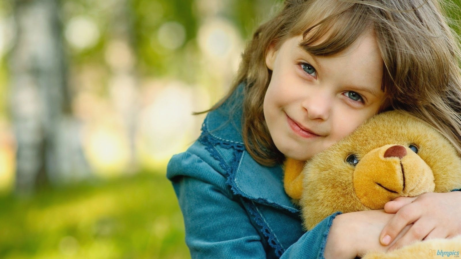 Cute Stylish Baby Girls Wallpapers - Baby Girl With Teddy Bear , HD Wallpaper & Backgrounds