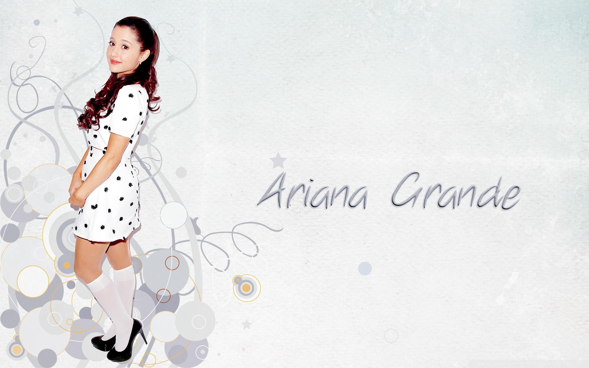Cute Ariana Grande Wallpaper Desktop Wallpaper - Cute Pics Of Ariana Grande , HD Wallpaper & Backgrounds