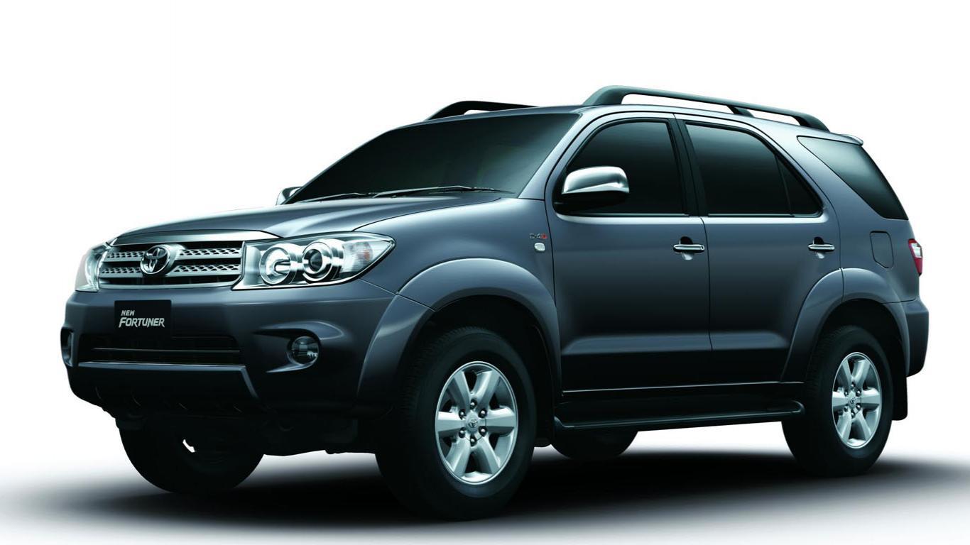 Best Toyota Fortuner Wallpapers Part 2 Best Cars Hd - Toyota Fortuner 2010 , HD Wallpaper & Backgrounds