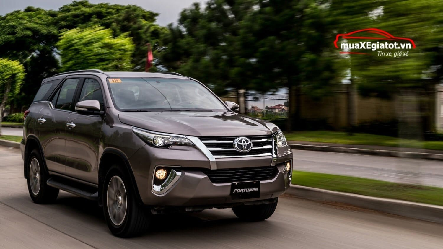 The Toyota Fortuner 2019 Rumors - 2017 Toyota Fortuner V Philippines , HD Wallpaper & Backgrounds