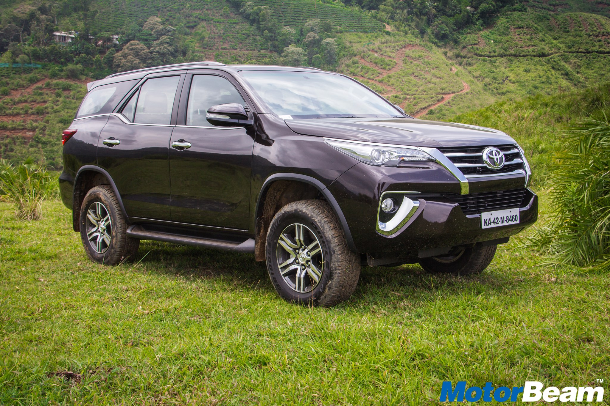 2017 Toyota Fortuner Image Gallery - 2017 Toyota Fortuner India , HD Wallpaper & Backgrounds