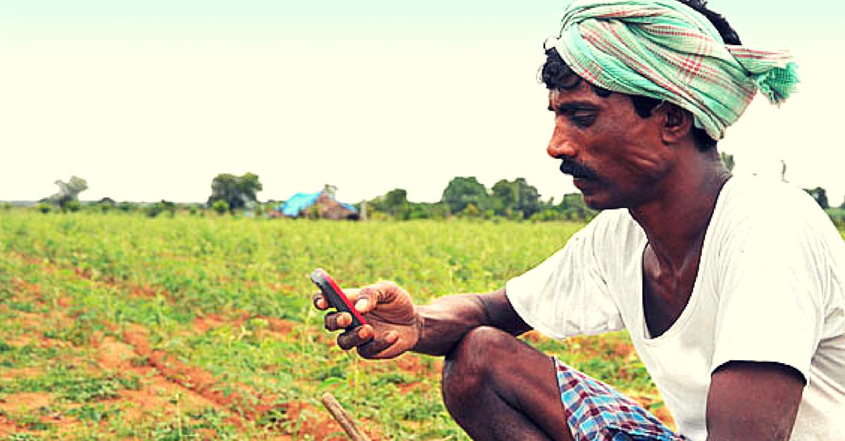Farmer - Indian Farmer Using Mobile , HD Wallpaper & Backgrounds