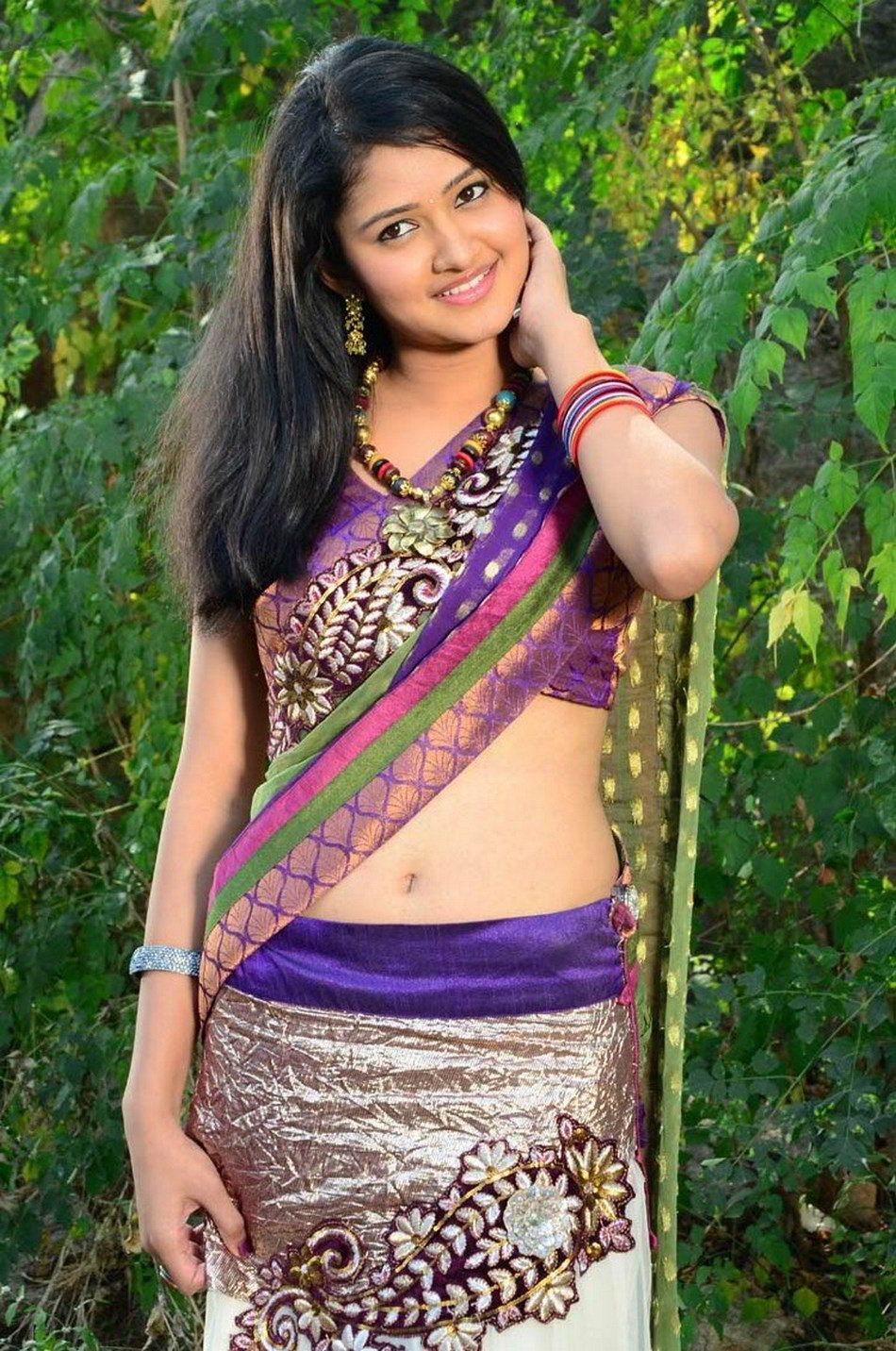 South Actress Hot Wallpapers High Resolution - Hot Actress In South Saree , HD Wallpaper & Backgrounds