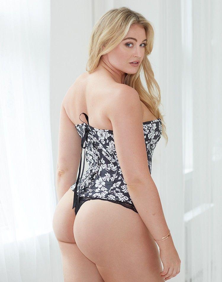 Iskra Arabella Lawrence Is An English Model - Photo Shoot , HD Wallpaper & Backgrounds