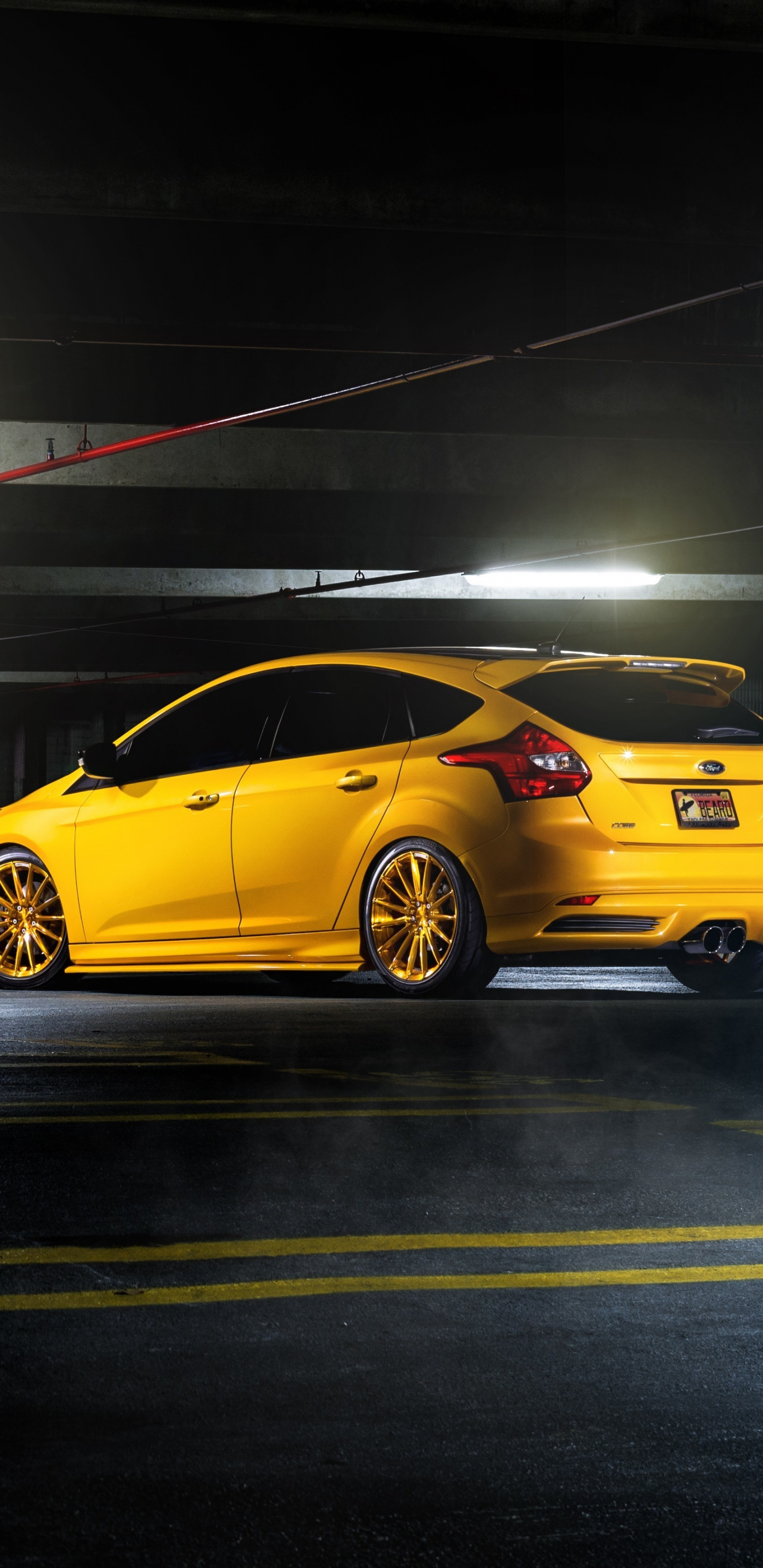 Parking Lot Ford Focus Rs Wallpaper Hot Hatch 557224