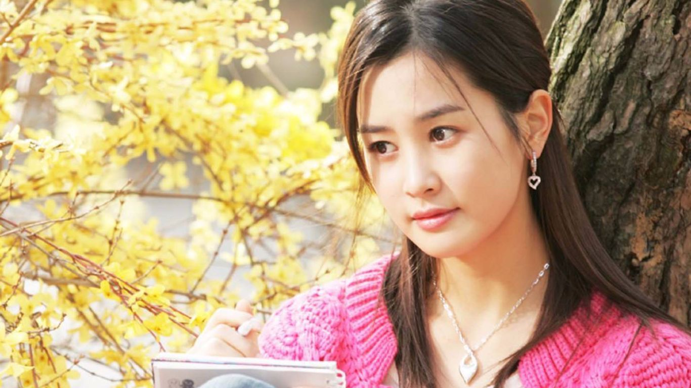 Beautiful Korean Girl Wallpaper - Lee Da Hae , HD Wallpaper & Backgrounds