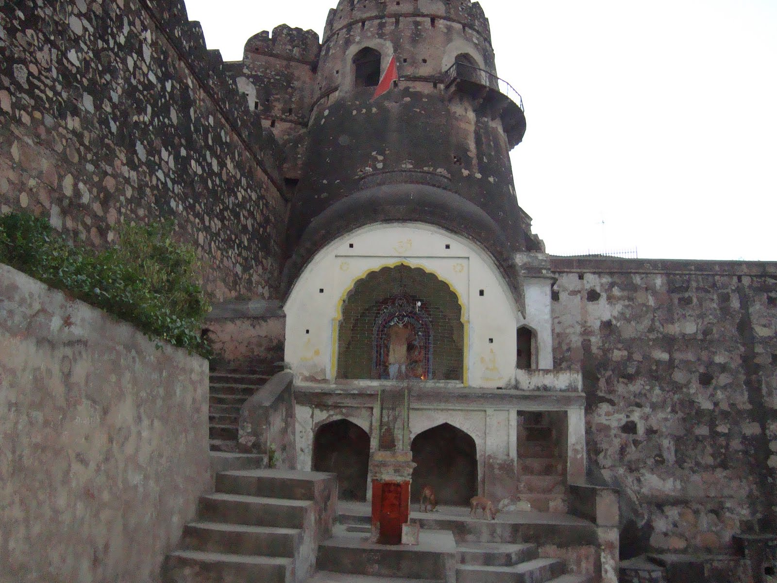 Jhansi Fort Inside View - Rani Lakshmi Bai Original Palace , HD Wallpaper & Backgrounds