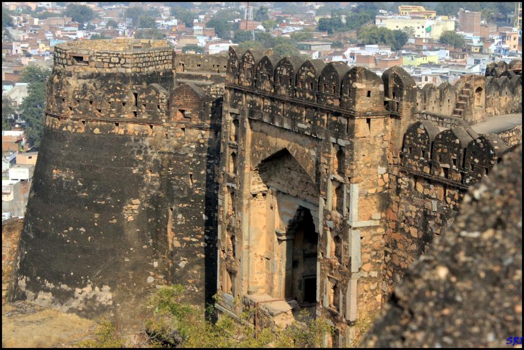 Jhansi Fort - Www - Vishvabhraman - Com - Jhansi Ki Rani Ka Kila , HD Wallpaper & Backgrounds