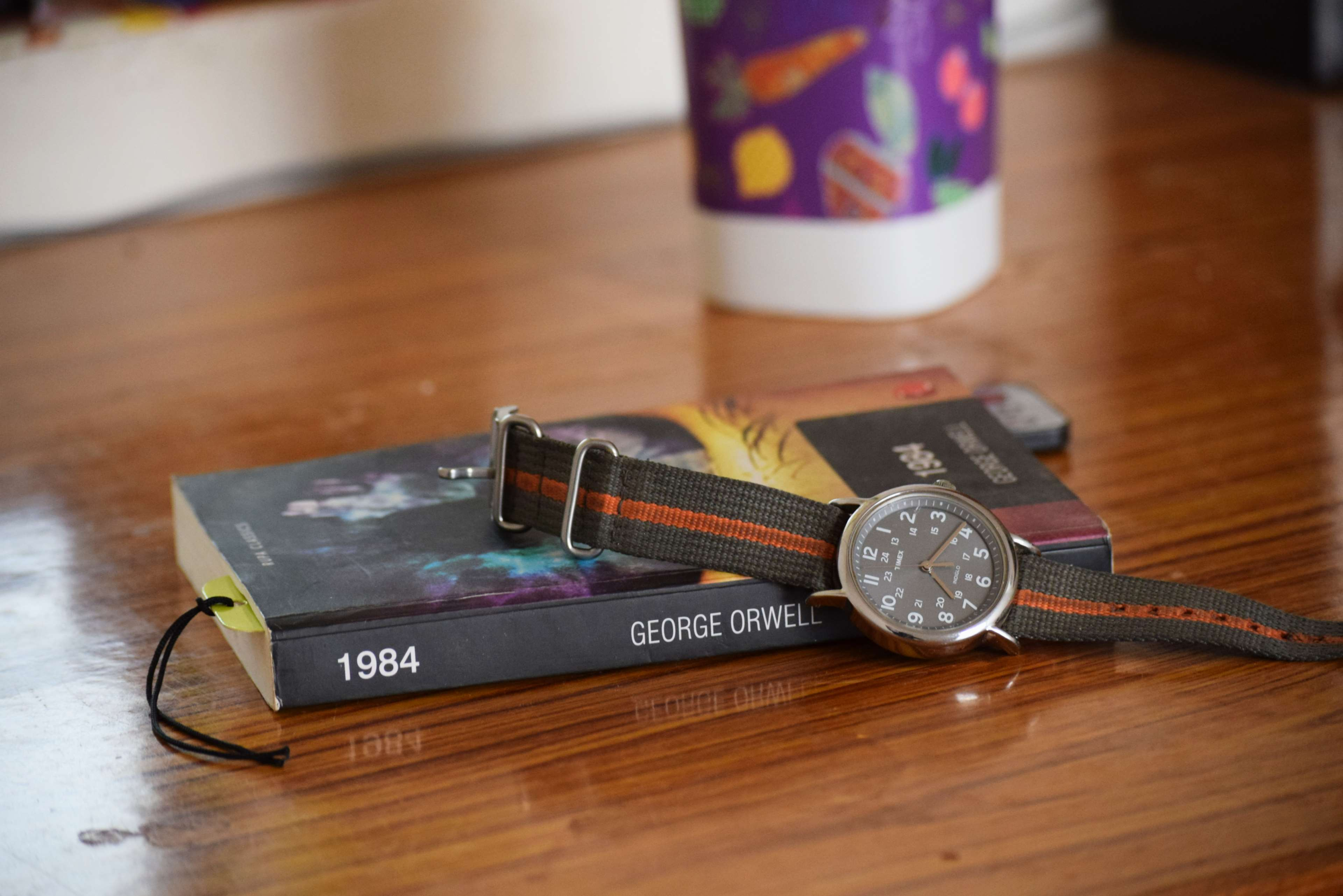Analog Watch Book Tea Cup 4k Wallpaper And Background Everyday Carry 587915 Hd Wallpaper Backgrounds Download