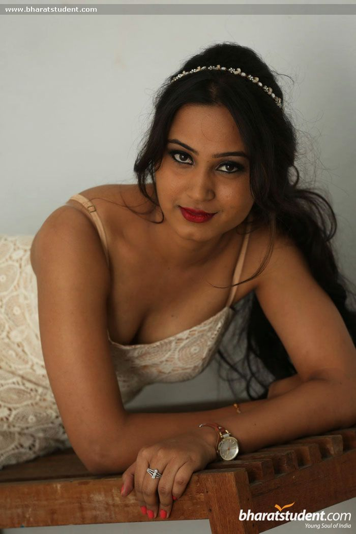 Amulya - Photo Shoot , HD Wallpaper & Backgrounds