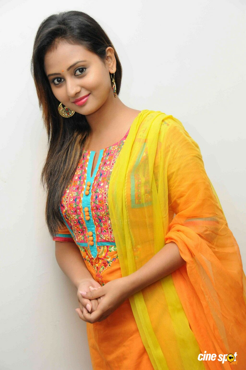 Amulya At Ram Leela Audio Release - Mammootty In August 15 , HD Wallpaper & Backgrounds