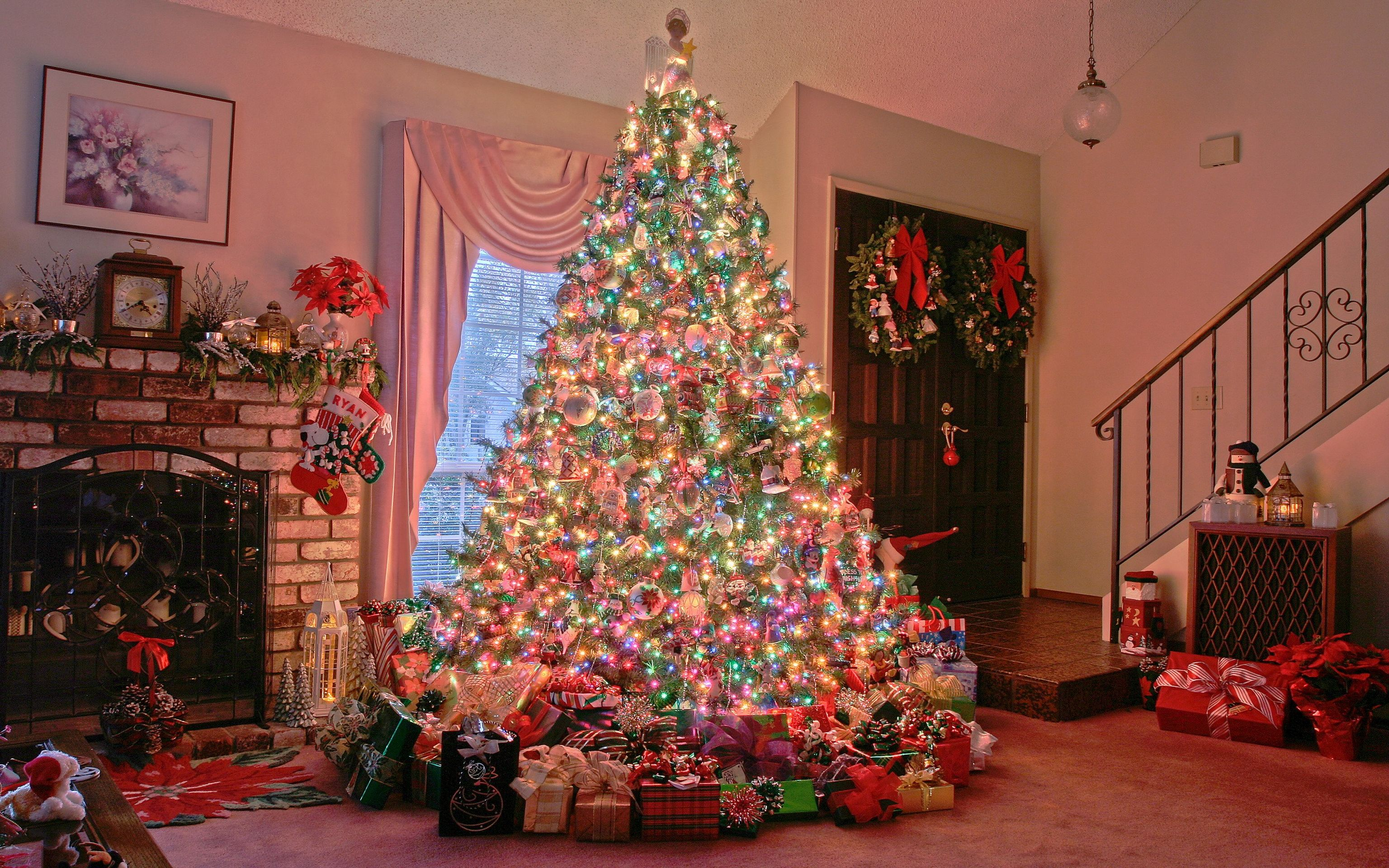 Download Original Image 3072 X 1920 Px - Christmas Tree Full Hd , HD Wallpaper & Backgrounds