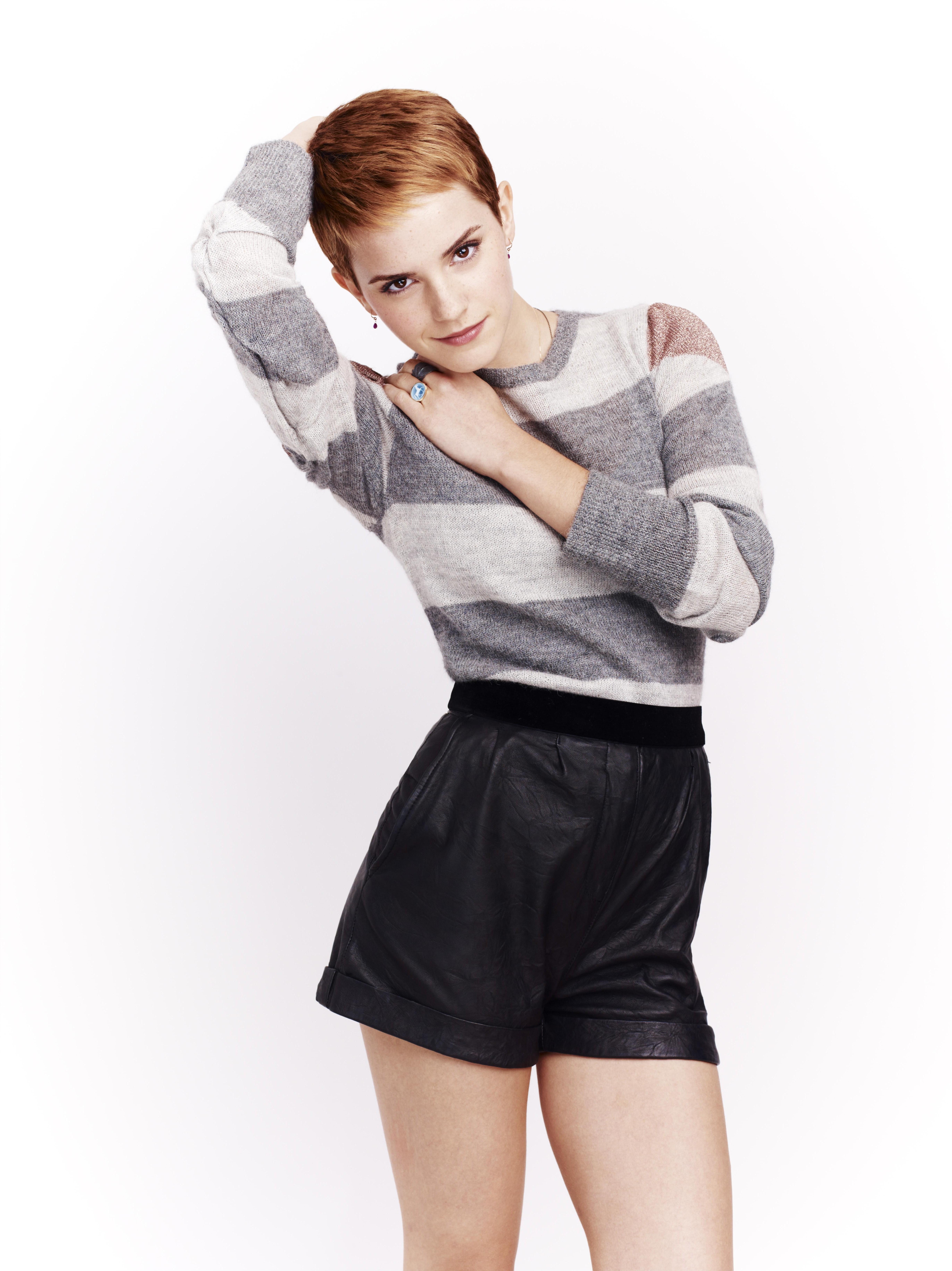 Arya Stark, Hot Pie, Needle , Maisie Williams Wallpaper - Maisie Williams Uhd Hot , HD Wallpaper & Backgrounds