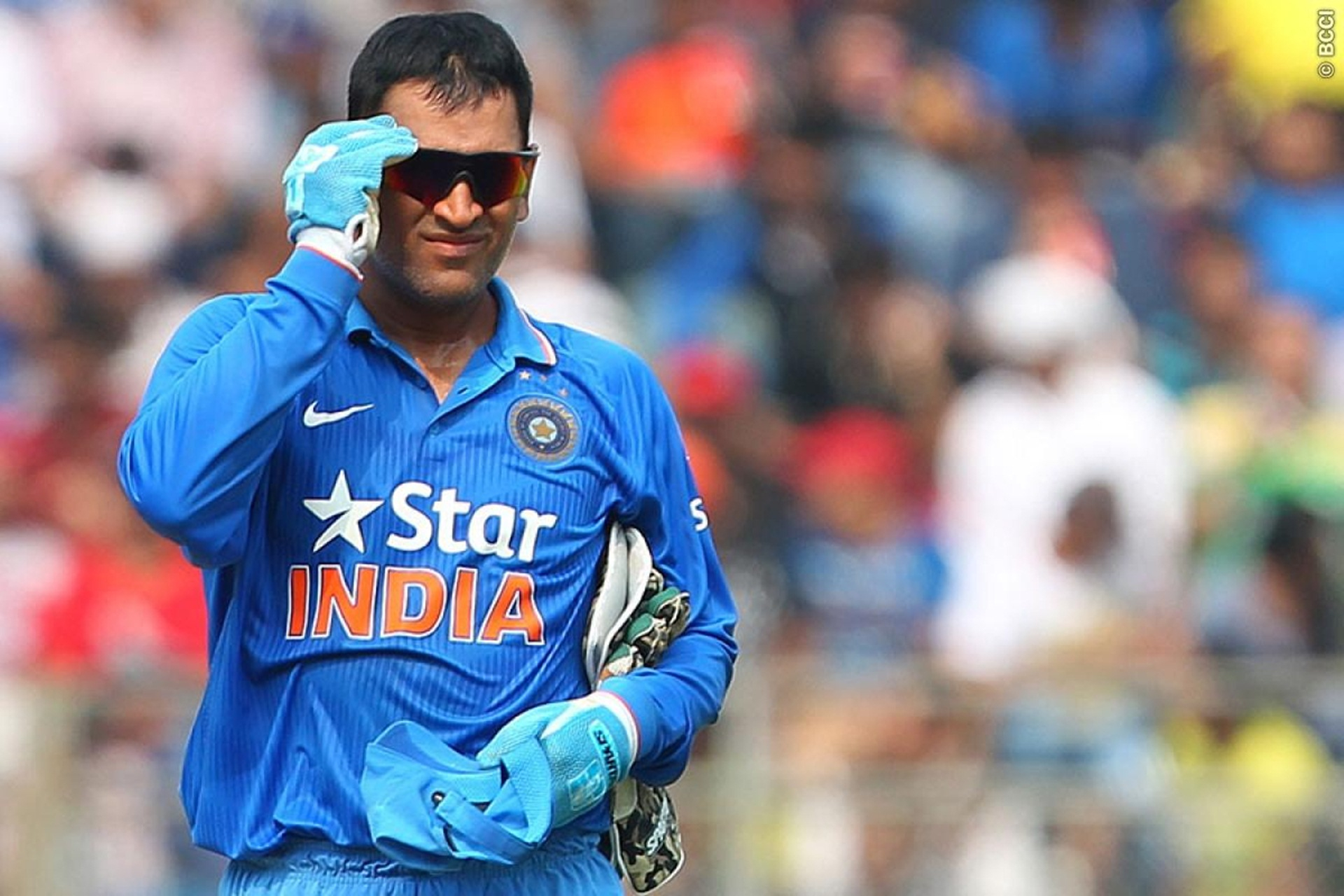 New Ms Dhoni Hd Wallpaper Download High Definition Ultra Hd Dhoni Hd 621784 Hd Wallpaper Backgrounds Download