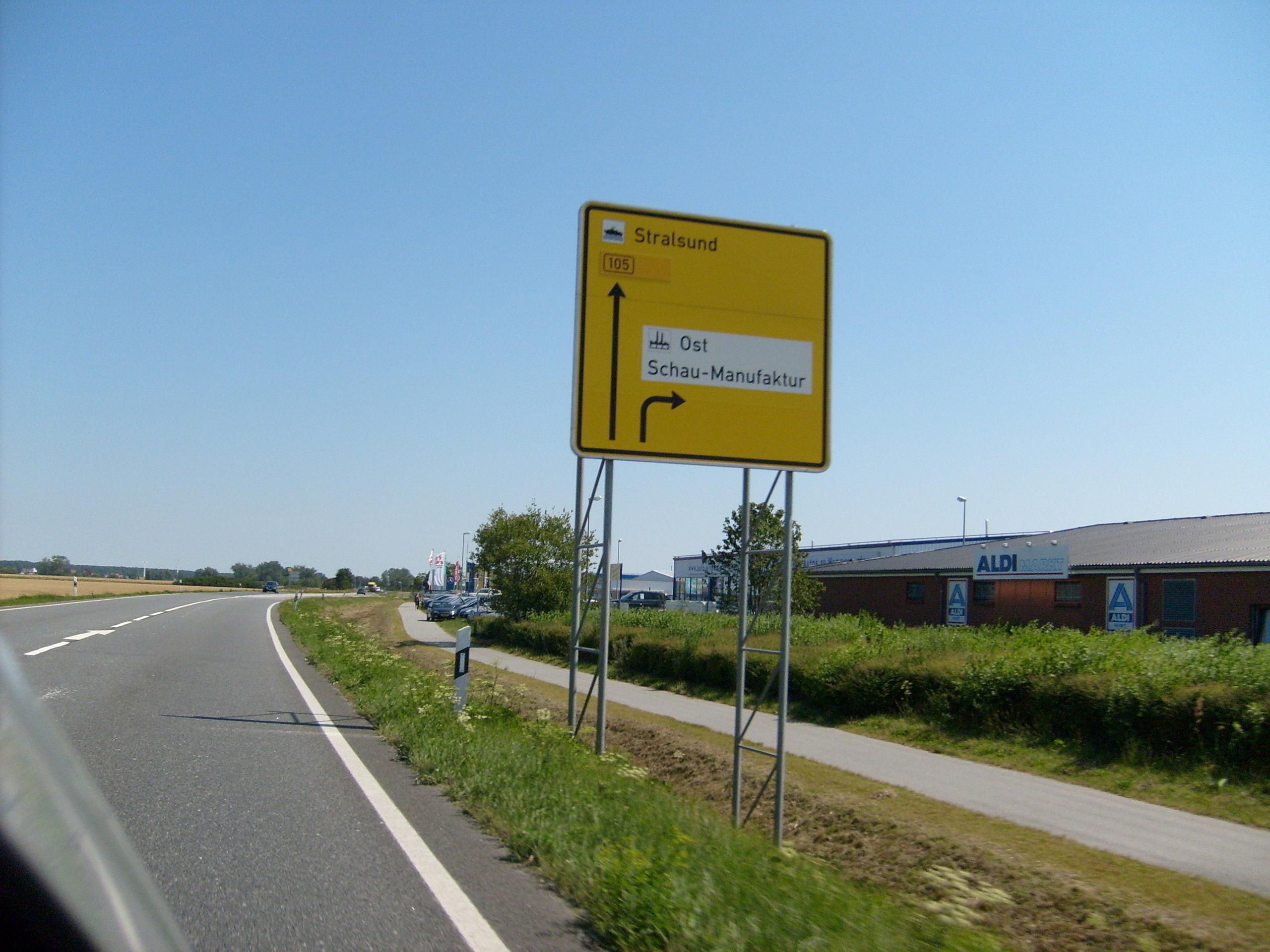 Germany Images Mecklenburg-vorpommern Hd Wallpaper - Freeway , HD Wallpaper & Backgrounds