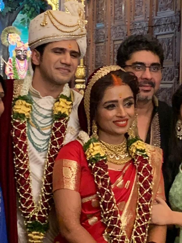 Parul Chauhan Wedding Photos Chirag Thakkar Yeh Rishta - Wedding Pics Of Parul Chauhan , HD Wallpaper & Backgrounds