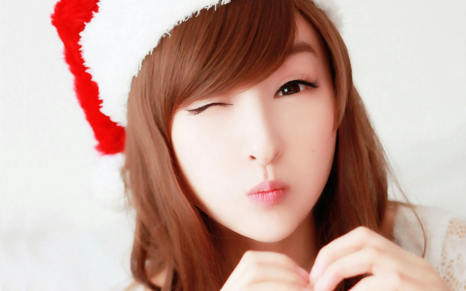 Cute Christmas Whatsapp Dp For Girl Pic Hwb38019 - Lin Ketong , HD Wallpaper & Backgrounds