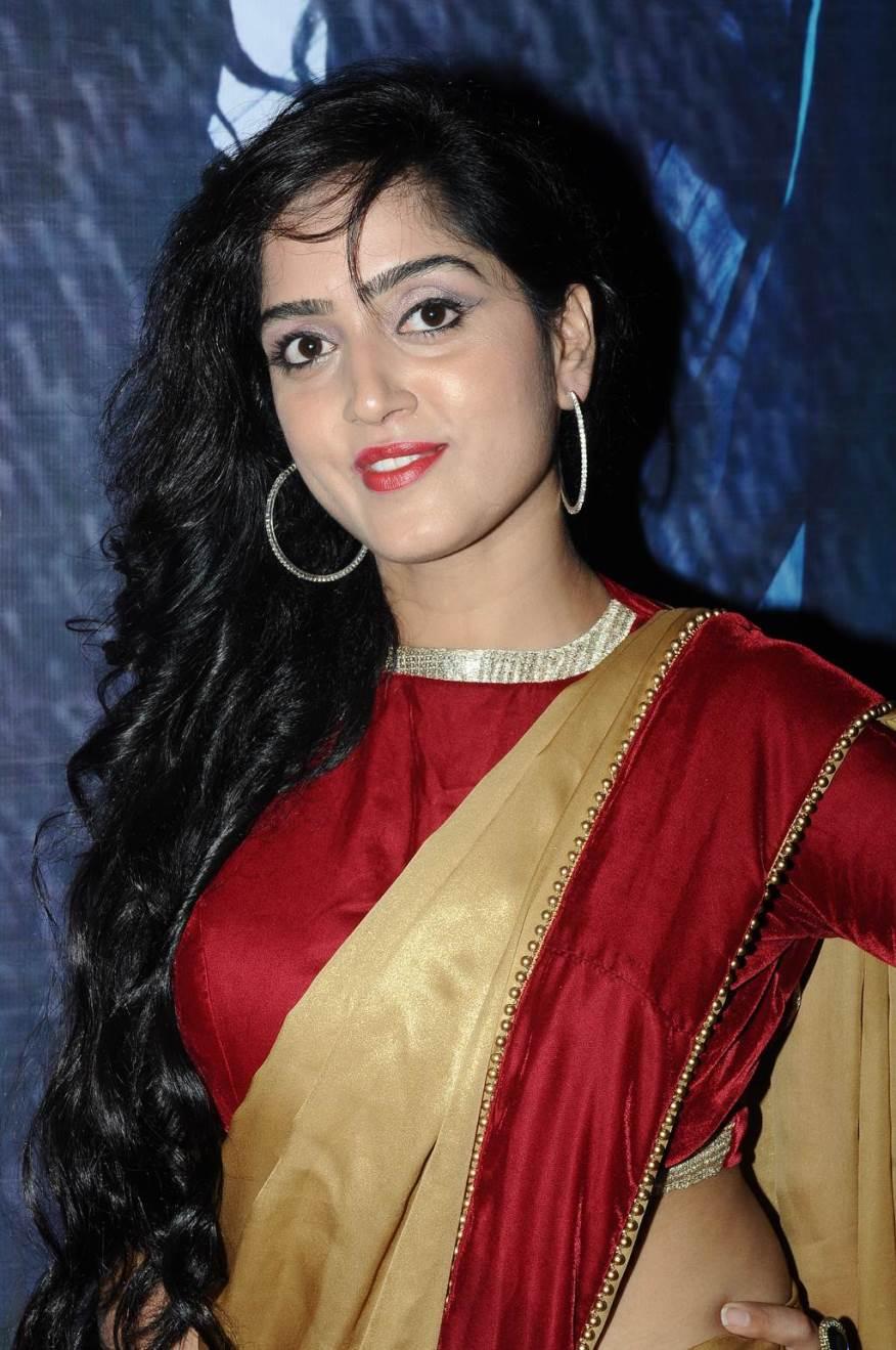 Ishq Junoon Movie Actress Divya Singh Hot Photo, Images - Actress Divya Singh Hot , HD Wallpaper & Backgrounds