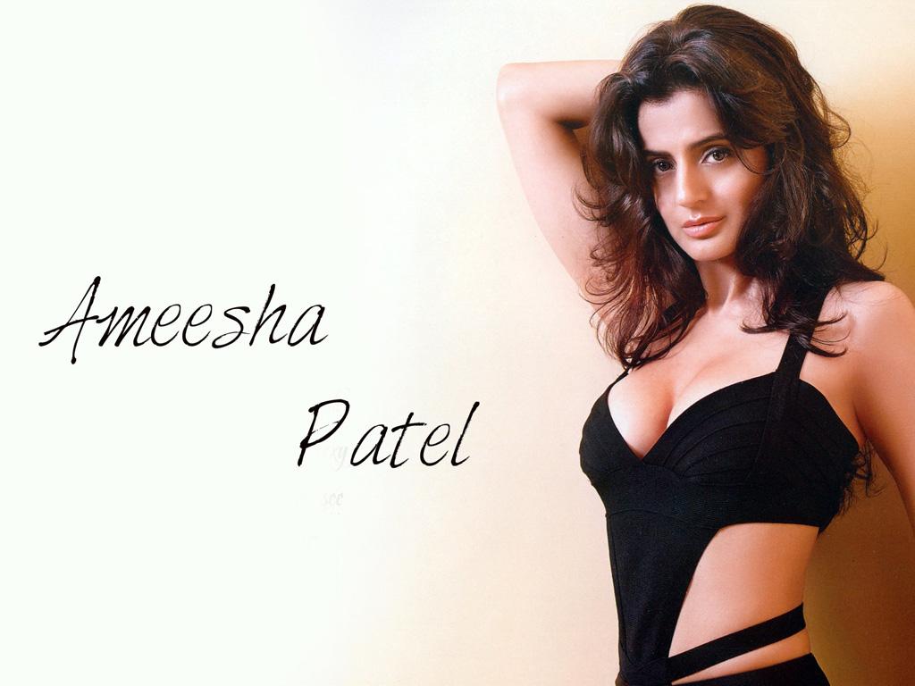 Ameesha Patel Hot Sexy Photos amisha - hd wallpaper amisha patel (#668745) - hd wallpaper